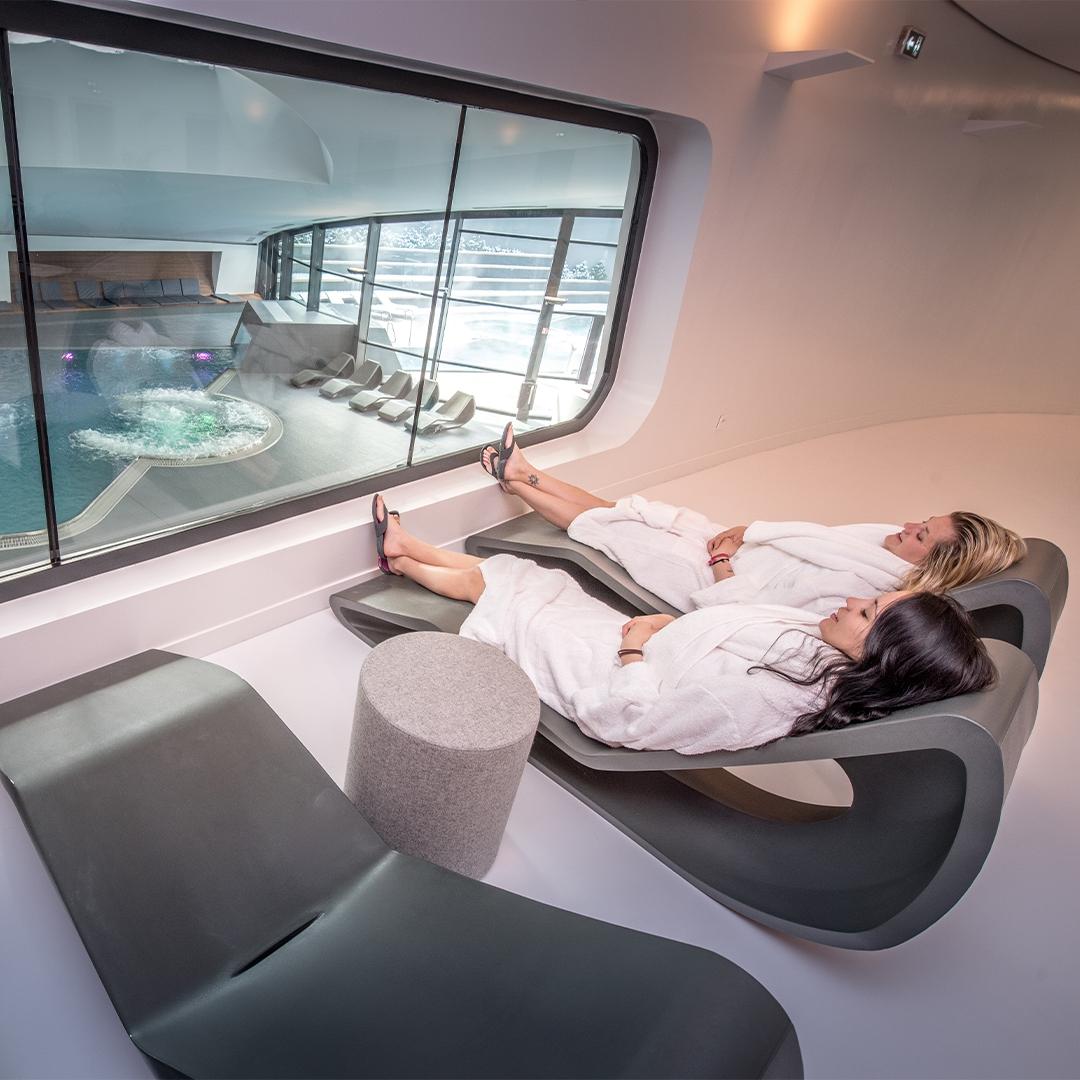 Swedish massage well-being aquamotion courchevel spa&balnéo relaxation massage around the world